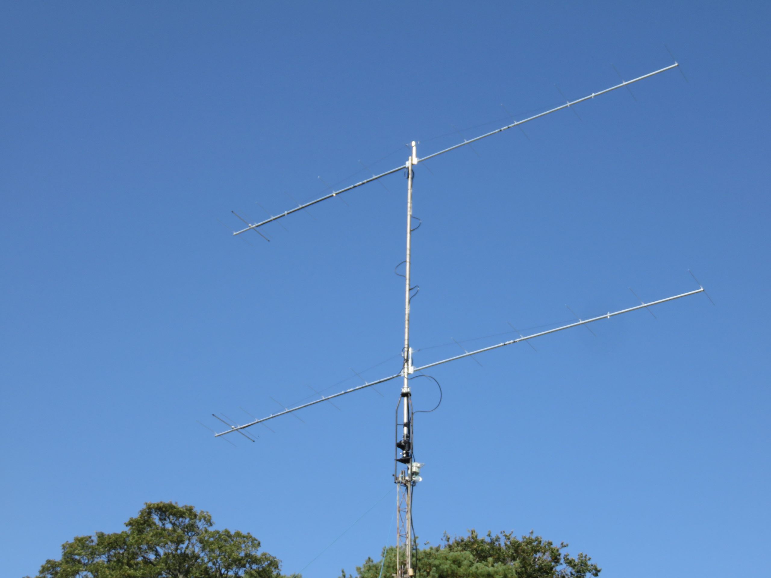 A stacked pair of 144NX13S antennas
