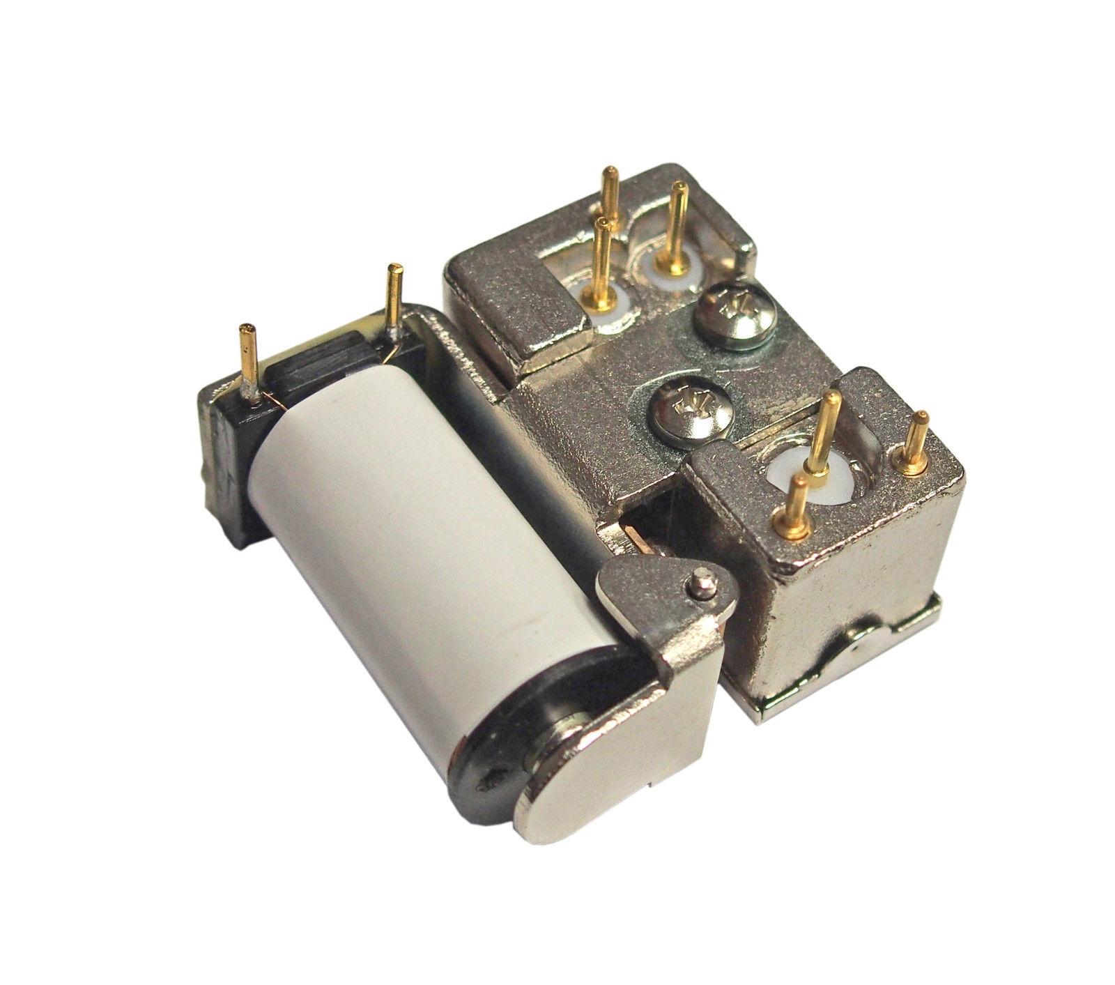 Tohtsu CX-120P coaxial relay - underside view